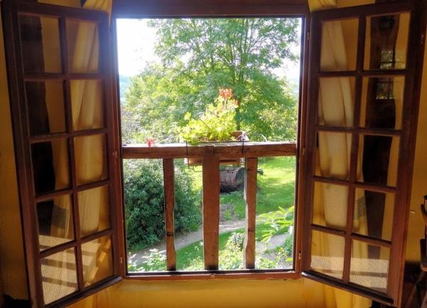 Hotel Pictures: La Boursaie Cider Farm Cottages, Livarot