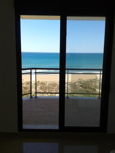 Hotel Pictures: Apartment Passeig Mediterrani 15, Daimuz