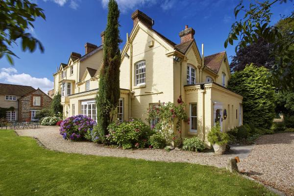 Hotel Pictures: Esseborne Manor, Hurstbourne Tarrant
