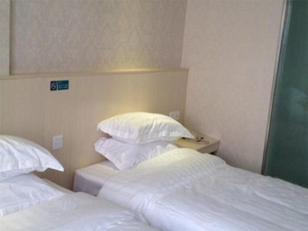 Hotel Pictures: Xuancheng Guangde Wanjia Express Inn, Guangde