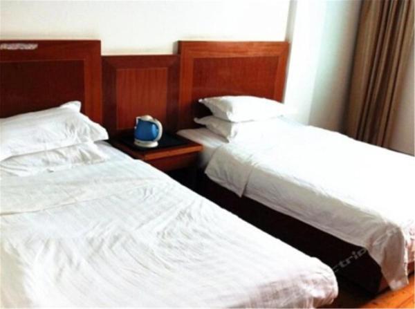Hotel Pictures: Golden Lake Hotel, Jinzhou
