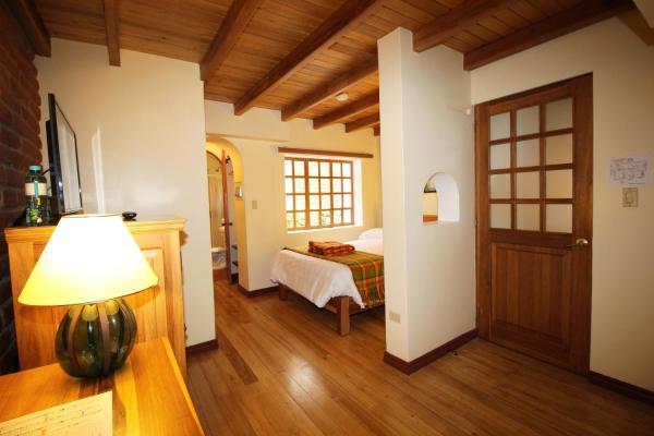 Hotel Pictures: Hotel Vieja Cuba, Quito