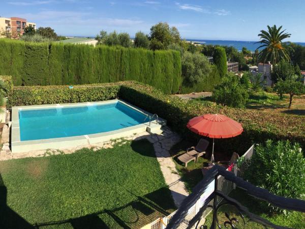 Hotel Pictures: Appartement/Villa aux Portes de Nice, Saint-Laurent-du-Var