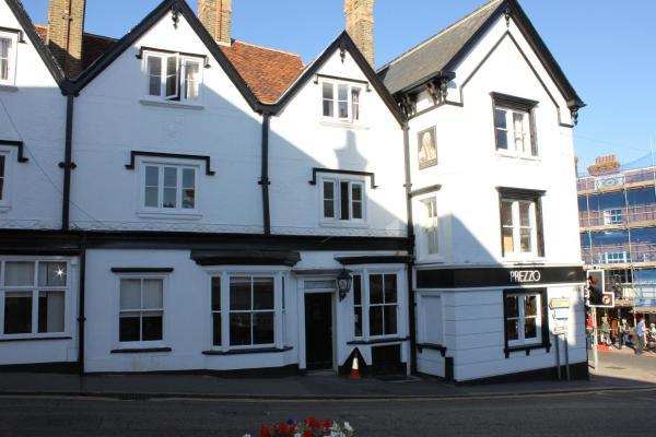 Hotel Pictures: The George Hotel, Bishops Stortford
