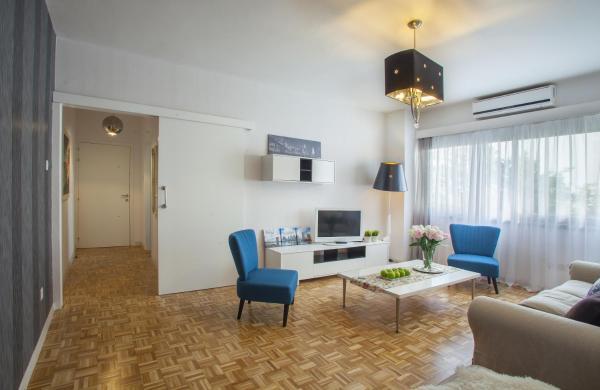 Hotel Pictures: Omerou Apartment, Nicosia