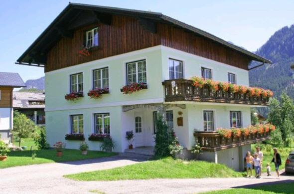 Fotos do Hotel: Ferienwohnung Klose, Gosau