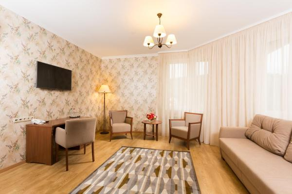 Family Apartment (4 main beds + 2 additional)