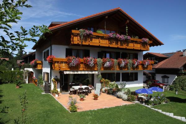 Hotel Pictures: Gästehaus Schmid, Obermaiselstein