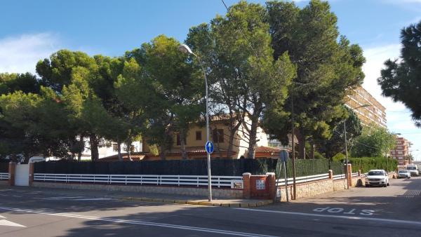 Hotel Pictures: Villa Mar Y Montaña, Benicàssim