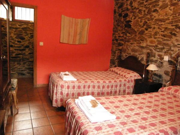 Hotel Pictures: , Pereda de Ancares