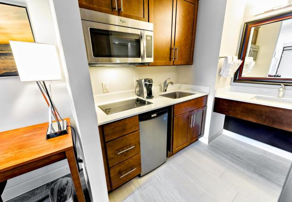 King Room with Kitchenette - Disability Access