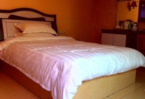 Hotel Pictures: Zigong Baiyun Hotel, Zigong