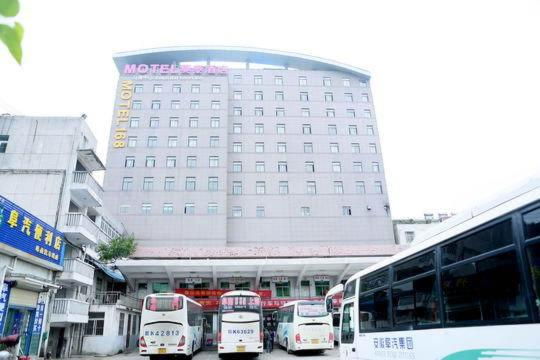 Hotel Pictures: Motel Fuyang East Qinghe Road Middle Yingzhou Road, Fuyang