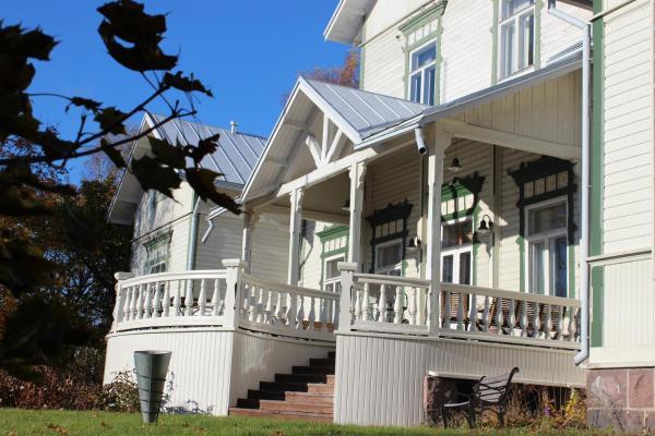 Hotel Pictures: Hotel Patruunantalo, Pyhtaa