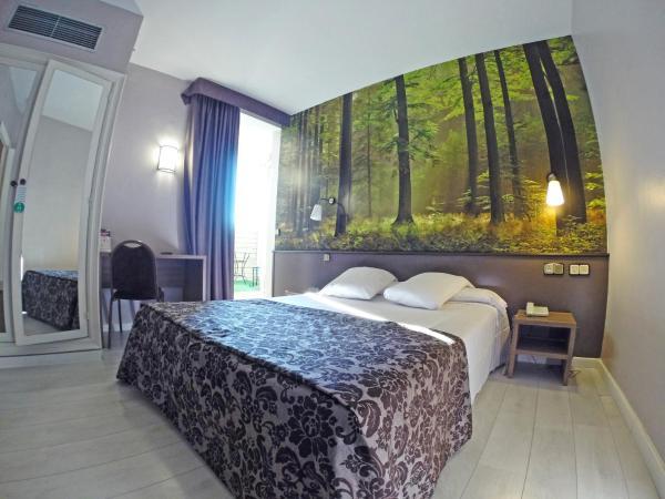 Hotel Pictures: Sercotel Urbis Centre, Tarragona