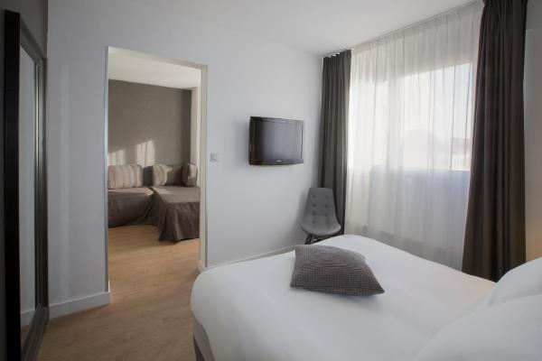 Junior Suite (1 or 2 adults)