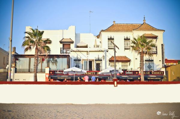 Hotel Pictures: Playa de Regla, Chipiona