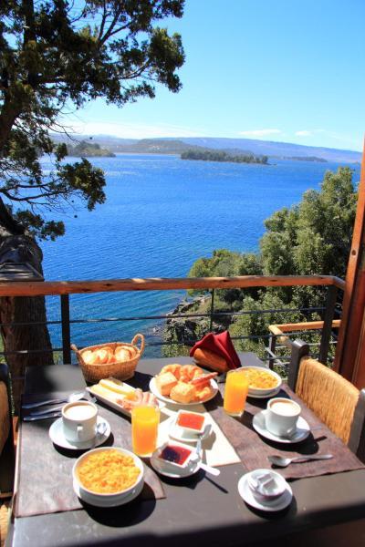 Foto Hotel: Hosteria La Balconada, Villa Pehuenia