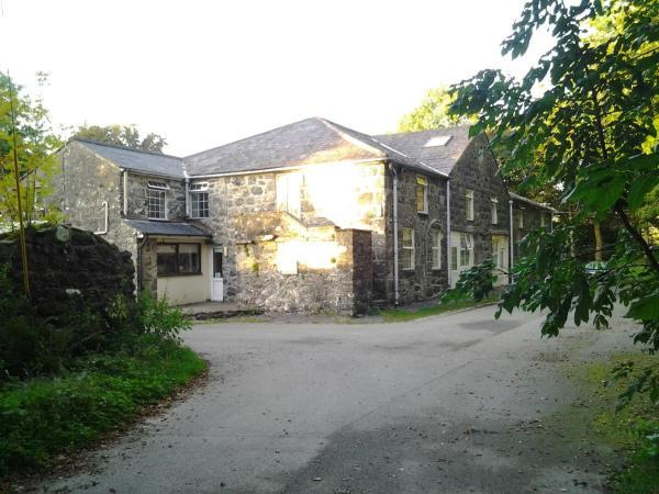 Hotel Pictures: Cwm Pennant Hostel, Criccieth