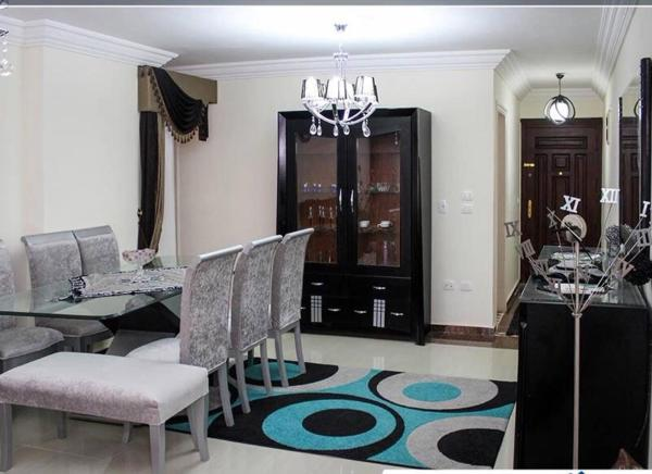 Hotel Pictures: Two-Bedroom Apartment at Gelem Area, Alexandria