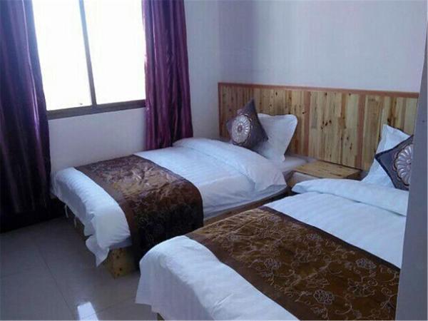 Hotel Pictures: Honghe Yuanyang Duoyishu Yajieju Hostel, Yuanyang
