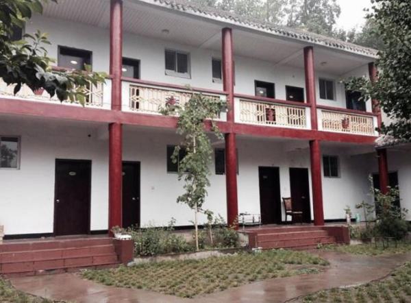 Hotel Pictures: Luoyang Yinxing Villa Farm Stay, Xiataoyuan