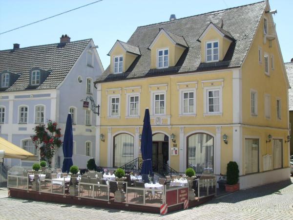 Hotel Pictures: Genießerhotel Lodner, Lauingen
