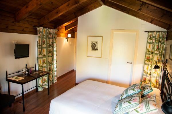 Hotel Pictures: Restaurante - Hotel La Tronera, Villadepalos