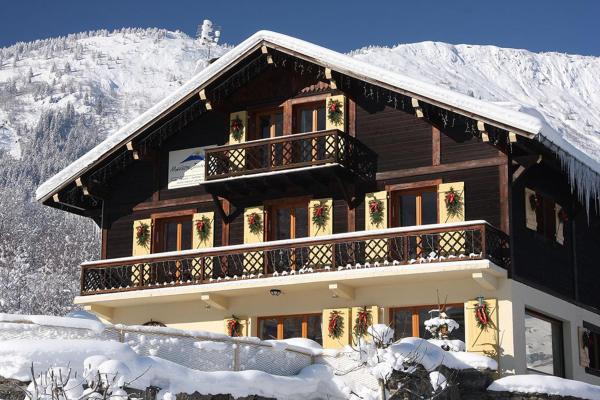Hotel Pictures: Chalet Maison Jaune, Les Houches
