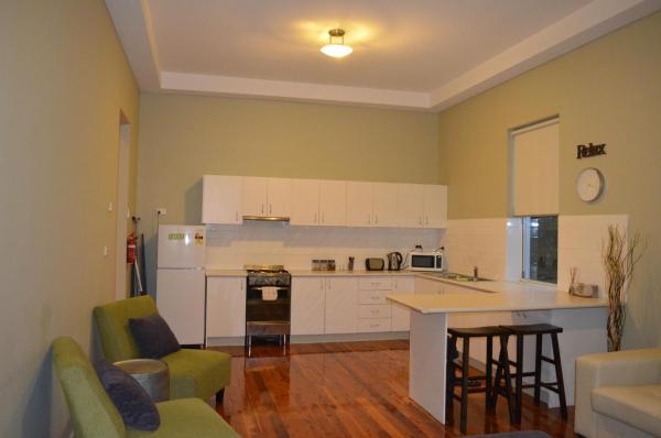 Fotos do Hotel: Revive Central Apartments, Temora