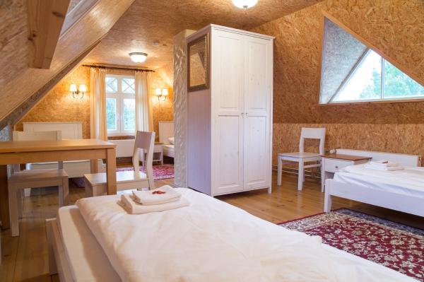 Hotel Pictures: Posti Hostel, Kärdla