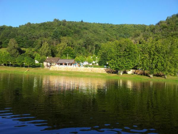 Hotel Pictures: Camping du Lac, Laval-de-Cère