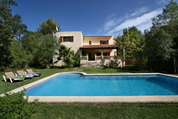 Hotel Pictures: Villa Encinas Son Toni, Sa Pobla