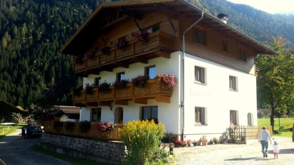 Hotellikuvia: Luenerhof, Neustift im Stubaital