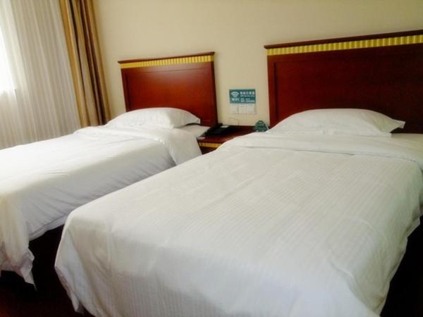 Hotel Pictures: GreenTree Inn Shandong Binzhou Third Huanghe Road Wusi Plaza Express Hotel, Binzhou