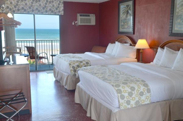 Queen Room with Two Queen Beds - Ocean Front
