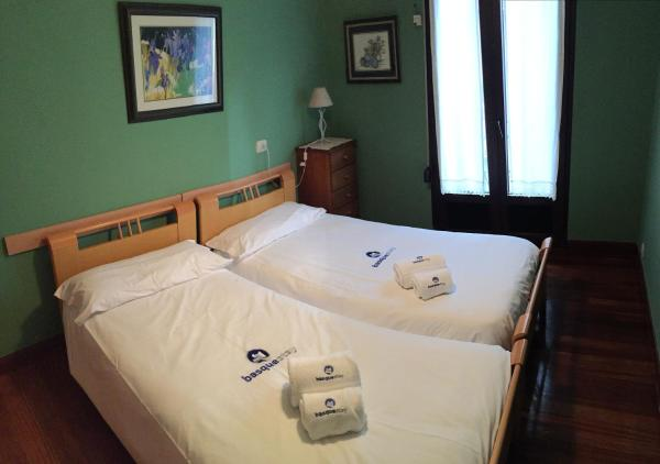 Hotel Pictures: Kresala - Basque Stay, Zarautz