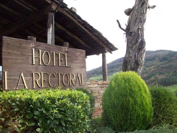 Hotel Pictures: La Rectoral, Taramundi