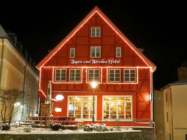 Hotel Pictures: Sagen und Märchenhotel, Bergen auf Rügen