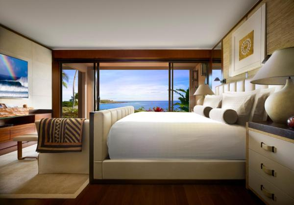 Ocean View Room with King Bed