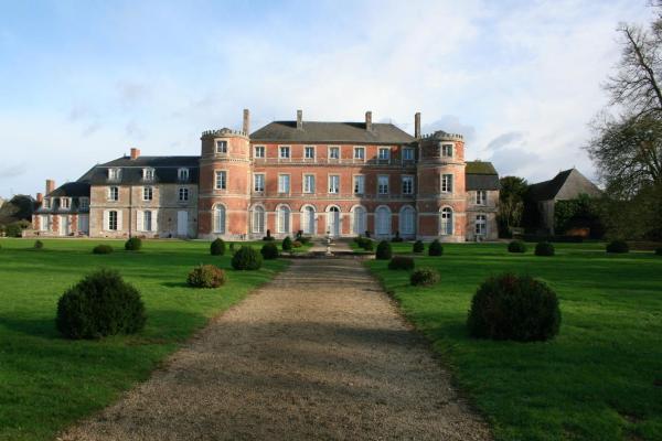 Hotel Pictures: Château De Denonville, Denonville