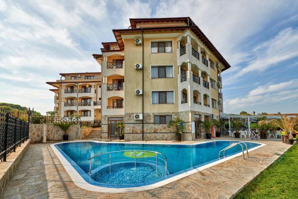 Foto Hotel: Toma's Residence- All Inclusive, Tsarevo