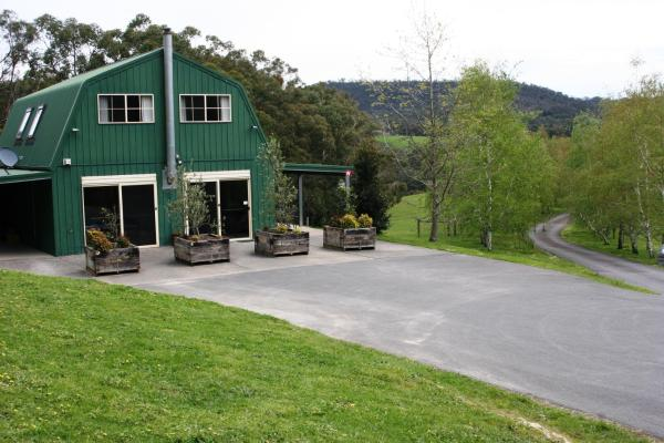 Foto Hotel: The Barn @ Charlottes Hill, Healesville