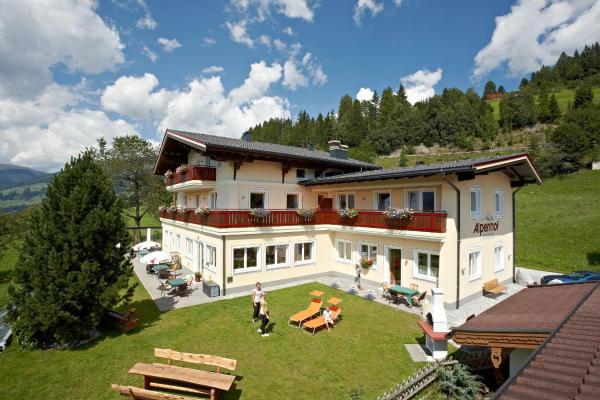 Hotel Pictures: Alpenhof Apartments, Mittersill