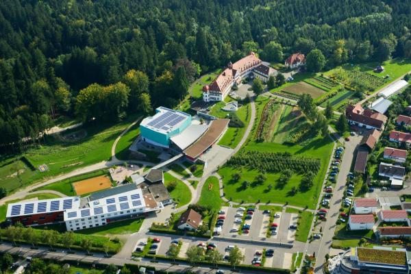 Hotel Pictures: Schönblick. Christliches Gästezentrum, Schwäbisch Gmünd