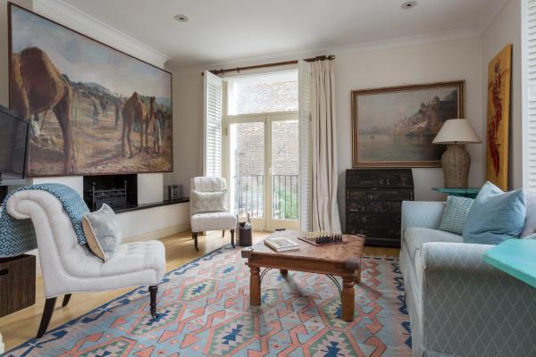 Three-Bedroom Apartment - Cale Street