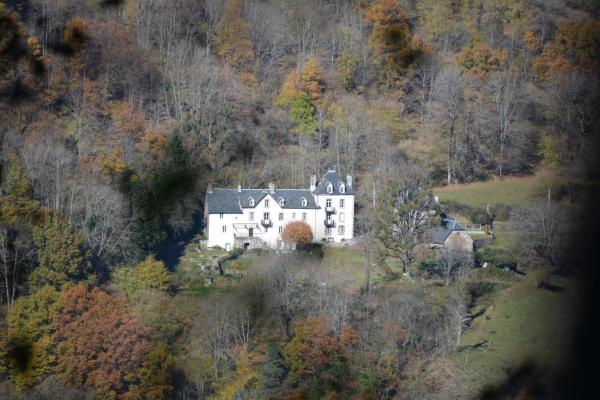 Hotel Pictures: Domaine de la Jordanne, Saint-Cirgues-de-Jordanne