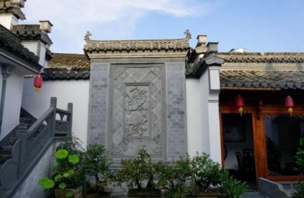 Hotel Pictures: Hongcun Ruisongyuan Inn, Yi