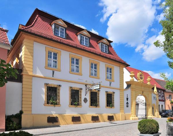Hotelbilleder: Romantik Hotel Zehntkeller, Iphofen