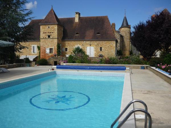 Hotel Pictures: Domaine Le Magnolia, Saint-Martial-de-Nabirat